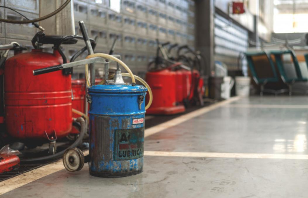 Oleos Industriais Lubrificantes: como fazer o descarte correto?