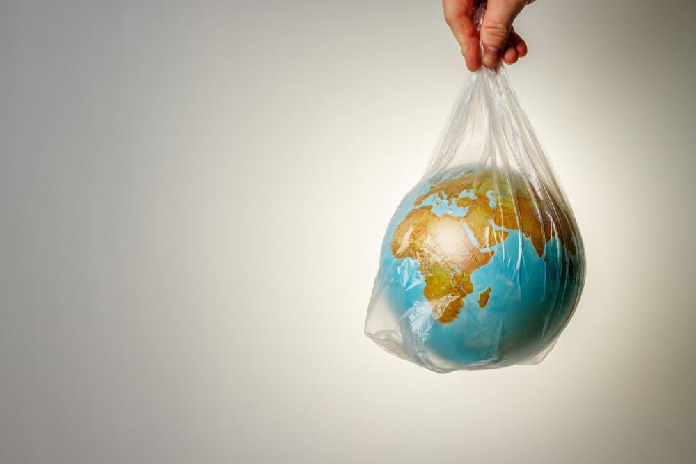 Plástico: por que ele é um problema para o meio ambiente?
